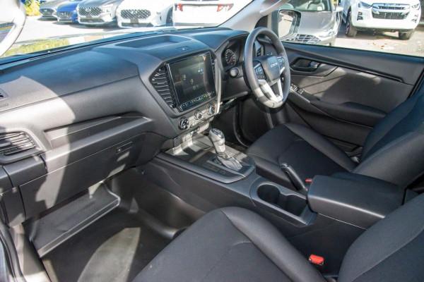 2020 MY21 Isuzu UTE D-MAX RG SX 4x2 Crew Cab Ute Cab chassis Mobile Image 7