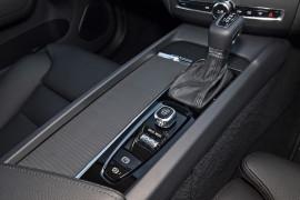2019 Volvo XC60 UZ T5 Momentum Suv