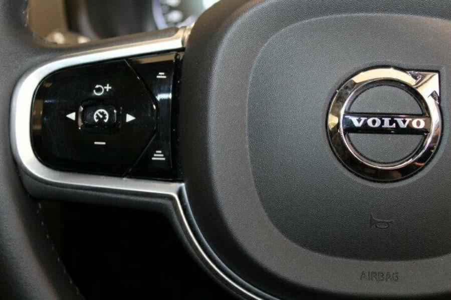 2017 MY18 Volvo XC90 L Series  T6 T6 - Inscription Suv Image 18