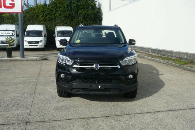 2018 SsangYong Musso Ultimate 3 of 20