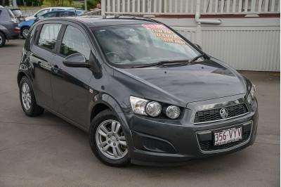 2015 Holden Barina TM CD Hatchback Image 2