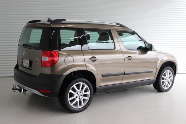 2011 Skoda Yeti 5L 103TDI Wagon Image 2