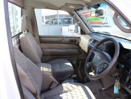 2014 Nissan Patrol Y61 Series 4  DX Cab chassis - single cab