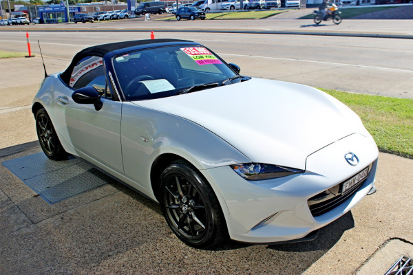 2015 Mazda Mx-5 ND GT Roadster Image 4