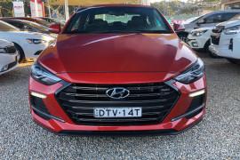 2017 MY18 Hyundai Elantra AD MY18 SR Sedan Image 2