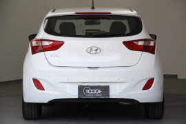 2016 MY17 Hyundai i30 GD4 Series II Active Hatchback Image 4