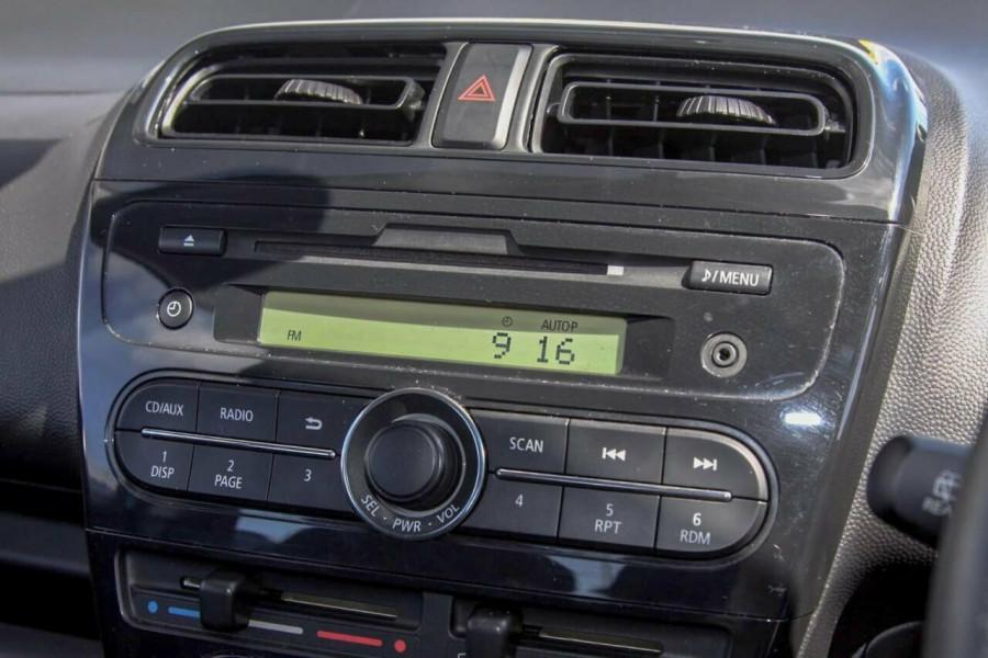 2014 MY15 Mitsubishi Mirage LA MY15 ES Hatchback Image 12