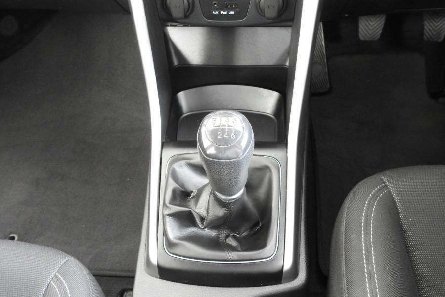 2013 Hyundai I30 GD Active Hatchback Image 19