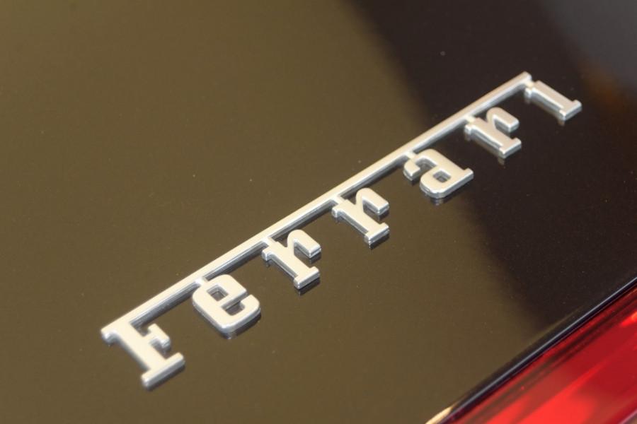 2018 Ferrari Portofino Convertible Mobile Image 18