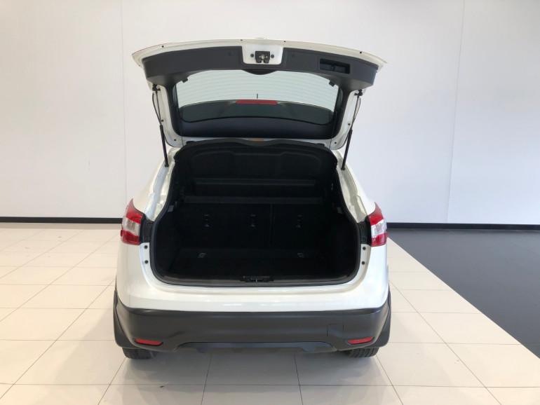 2016 Nissan QASHQAI J11 ST Suv Image 13