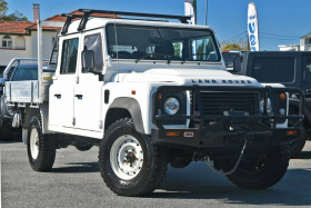 Land Rover Defender Crew Cab 130 12MY
