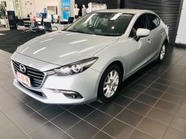2017 Mazda 3 BN5276 Maxx Sedan image 3