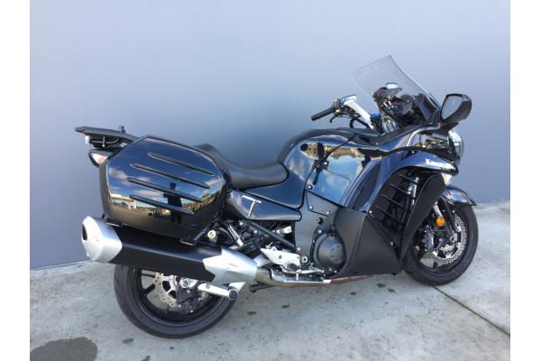 2011 Kawasaki 1400GT GT 1400GT Motorcycle Image 2
