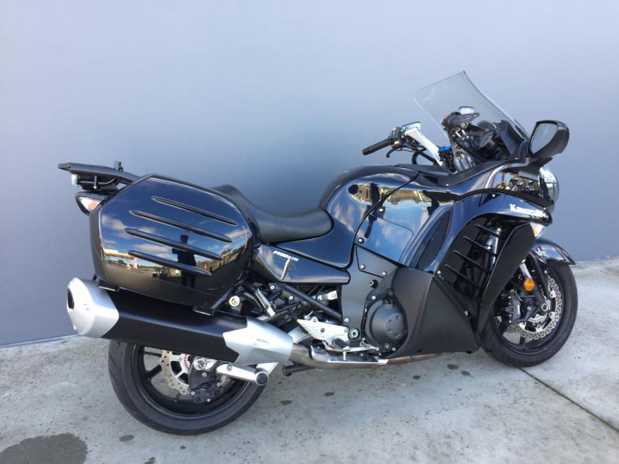 2011 Kawasaki 1400GT GT Motorcycle Image 2