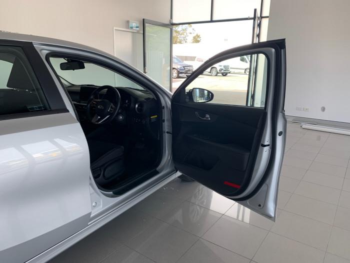 2019 Kia Cerato BD MY19 S Hatchback Image 14