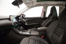 MG HS Essence DCT AWD X SAS23 MY21