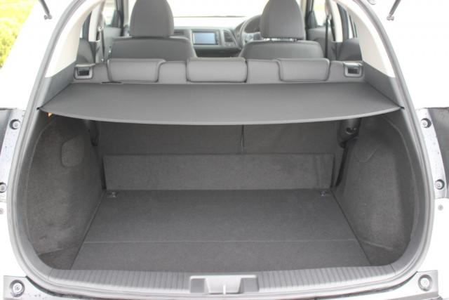 2020 Honda HR-V VTi Hatchback Image 5