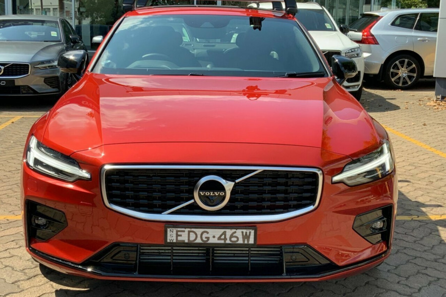 2019 MY20 Volvo S60 Z Series T5 R-Design Sedan Mobile Image 2