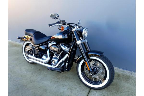 2019 Harley Davidson Softail Slim 107 FLSL Motorcycle Image 3