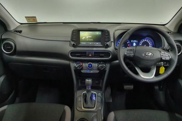 2019 Hyundai Kona OS.2 Active Suv Image 4