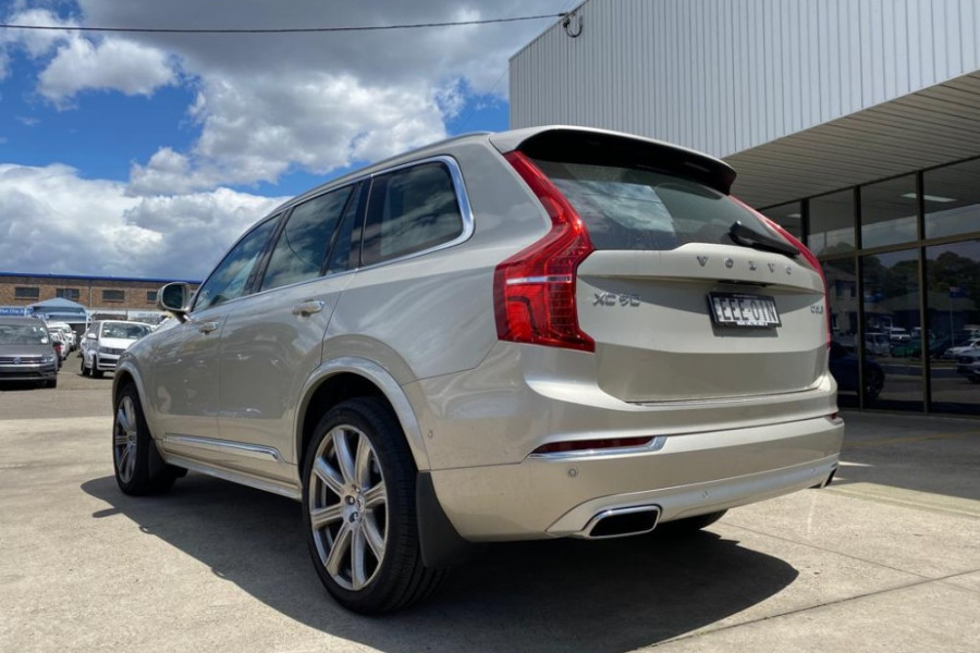 2019 Volvo XC90 L Series D5 Inscription Suv Mobile Image 3
