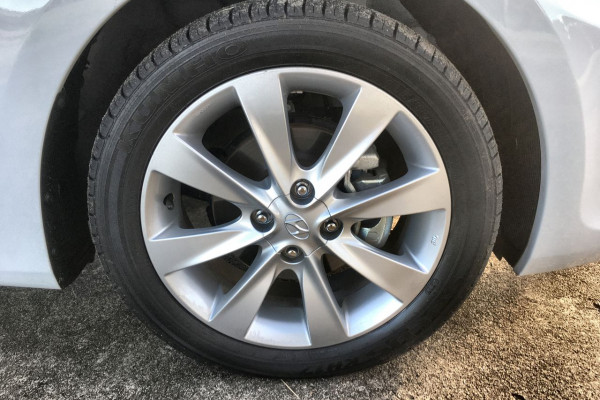 2018 Hyundai Accent RB6 MY18 Sport Hatch Image 2