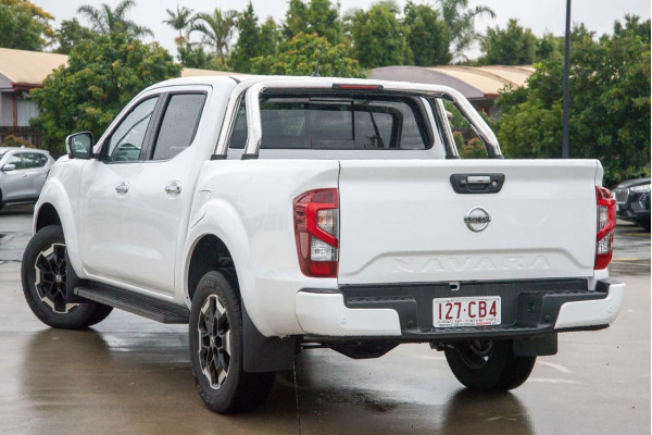 2021 Nissan Navara D23 Dual Cab ST-X Pick Up 4x2 Utility Image 4