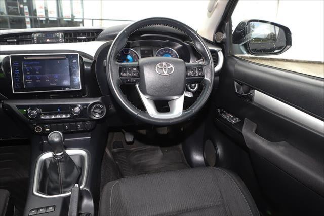 2015 Toyota HiLux GUN126R SR5 Utility Image 13