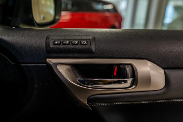 2016 Lexus Ct Hatchback Image 42