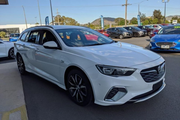 2018 Holden Commodore ZB MY18 RS Wagon Image 4