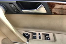 2011 Volkswagen Passat Type 3C MY11 V6 FSI Sedan Image 4