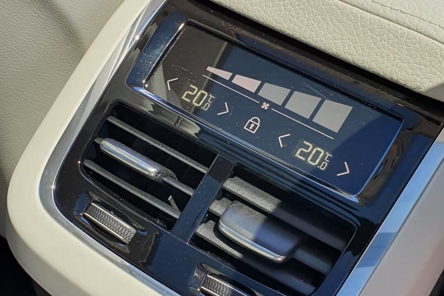 2020 Volvo XC60 UZ T5 Momentum Suv Mobile Image 13