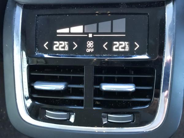 2016 Volvo XC90 Vehicle Description. L  MY16 D5 Inscriptio WAG GEAR 8sp 2.0D D5 Suv
