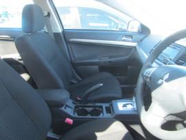 2014 Mitsubishi Lancer CJ MY14 ES Sedan Image 5