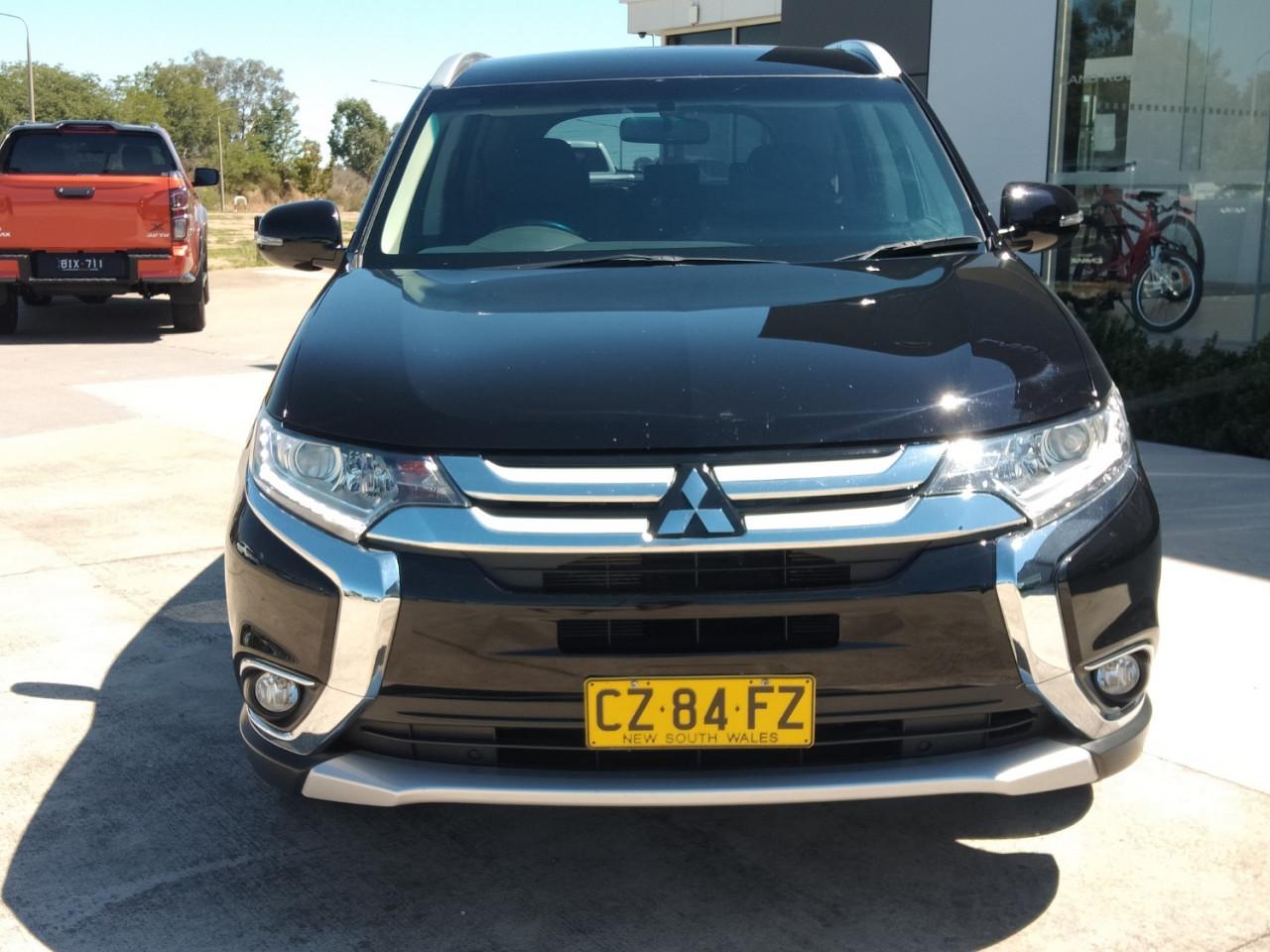 2016 Mitsubishi Outlander ZK MY16 LS Suv Image 5