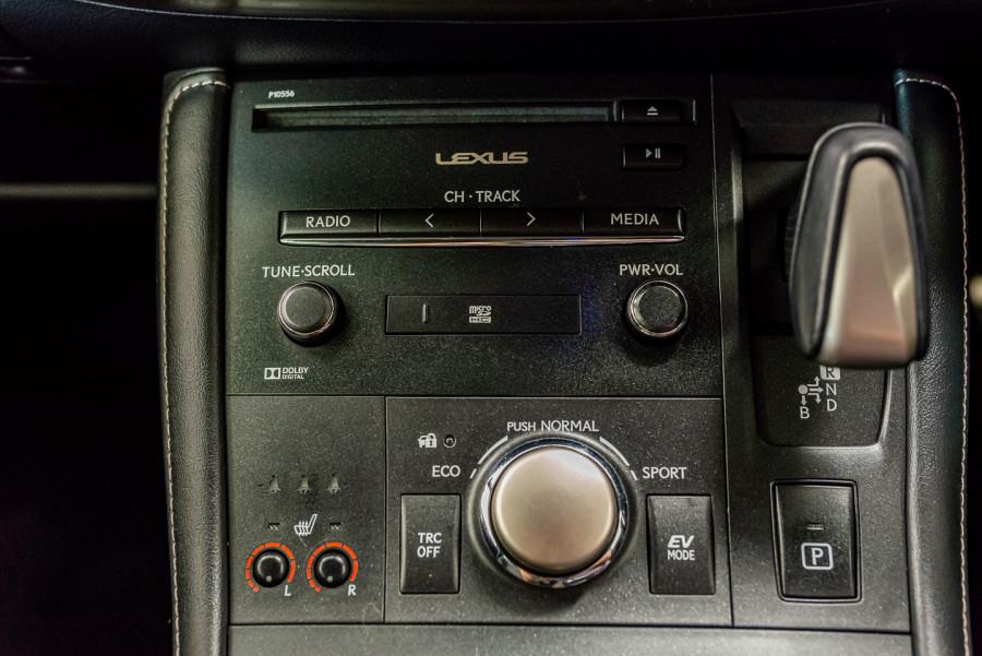 2016 Lexus Ct Hatchback Image 22