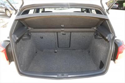 2011 Volkswagen Golf VI MY11 GTD Hatchback Image 4