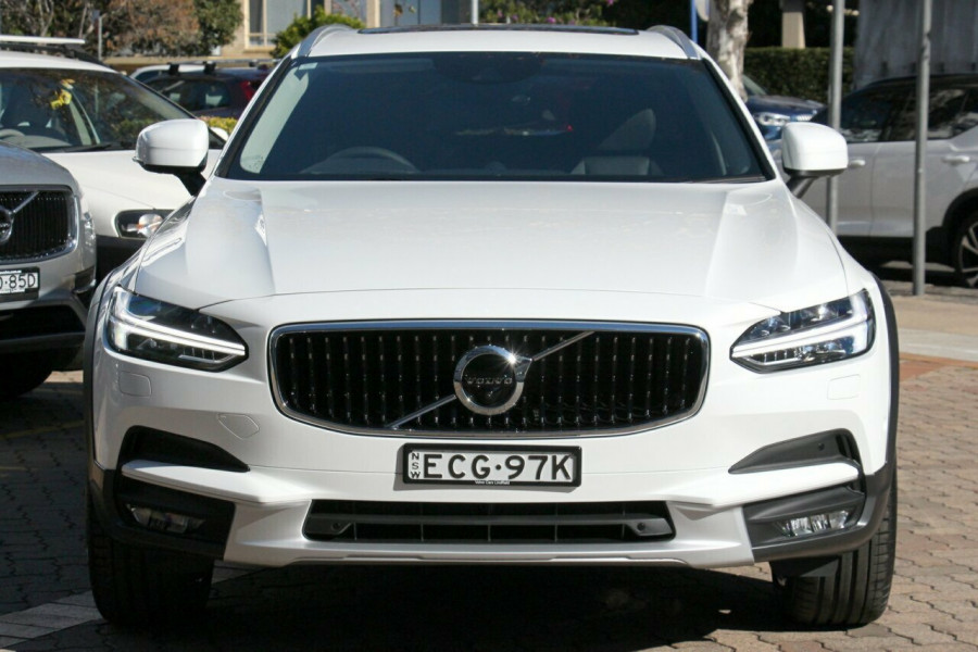 2019 Volvo V90 Cross Country D5 Wagon Mobile Image 17