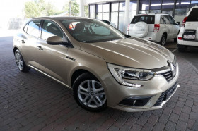 Renault Megane Hatch Life BFB