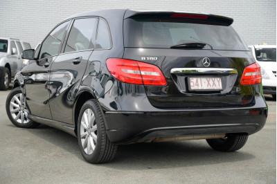 2012 Mercedes-Benz B-Class W246 B180 BlueEFFICIENCY Hatchback Image 5