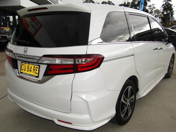 2015 Honda Odyssey 5th Gen VTi-L Wagon Image 5