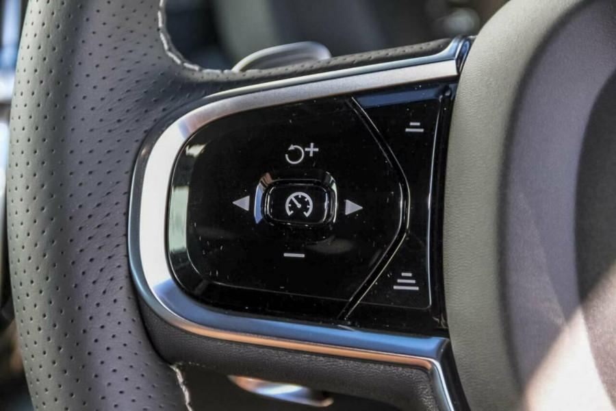 2019 Volvo XC60 UZ T6 R-Design Suv Mobile Image 14