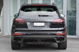 2017 MY18 Porsche Cayenne 92A MY18 Diesel Suv Image 4