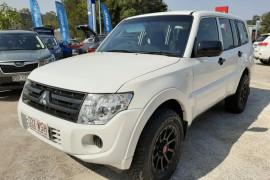 Mitsubishi Pajero GL NW