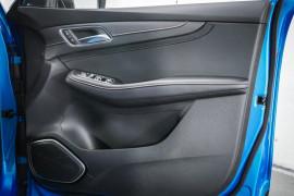 2020 MY21 MG HS SAS23 Vibe Wagon image 10
