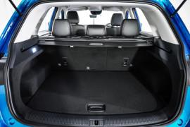 2020 MY21 MG HS SAS23 Vibe Wagon image 9