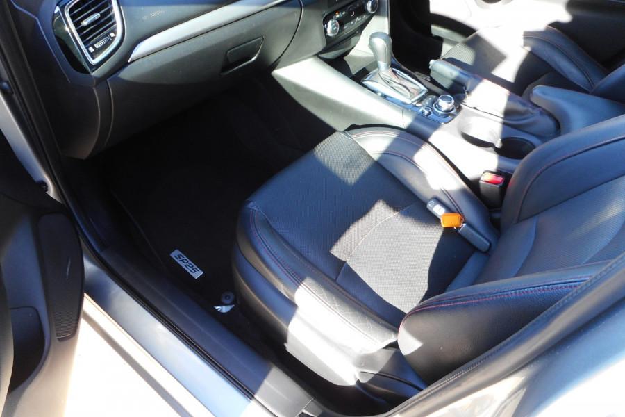 2015 Mazda 3 Hatchback Image 12