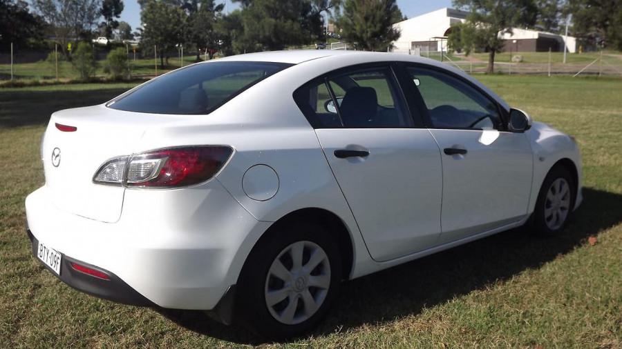 2011 Mazda 3 BL10F2 Neo Sedan Image 9