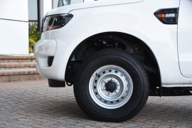 2019 Ford Ranger PX MkIII 4x2 XL Double Cab Chassis Hi-Rider Cab chassis Image 5