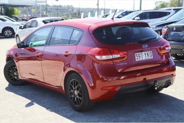 2018 MY19 Kia Cerato BD S Hatchback Image 2